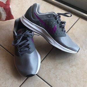 Nike Woman's downshifter Size 6